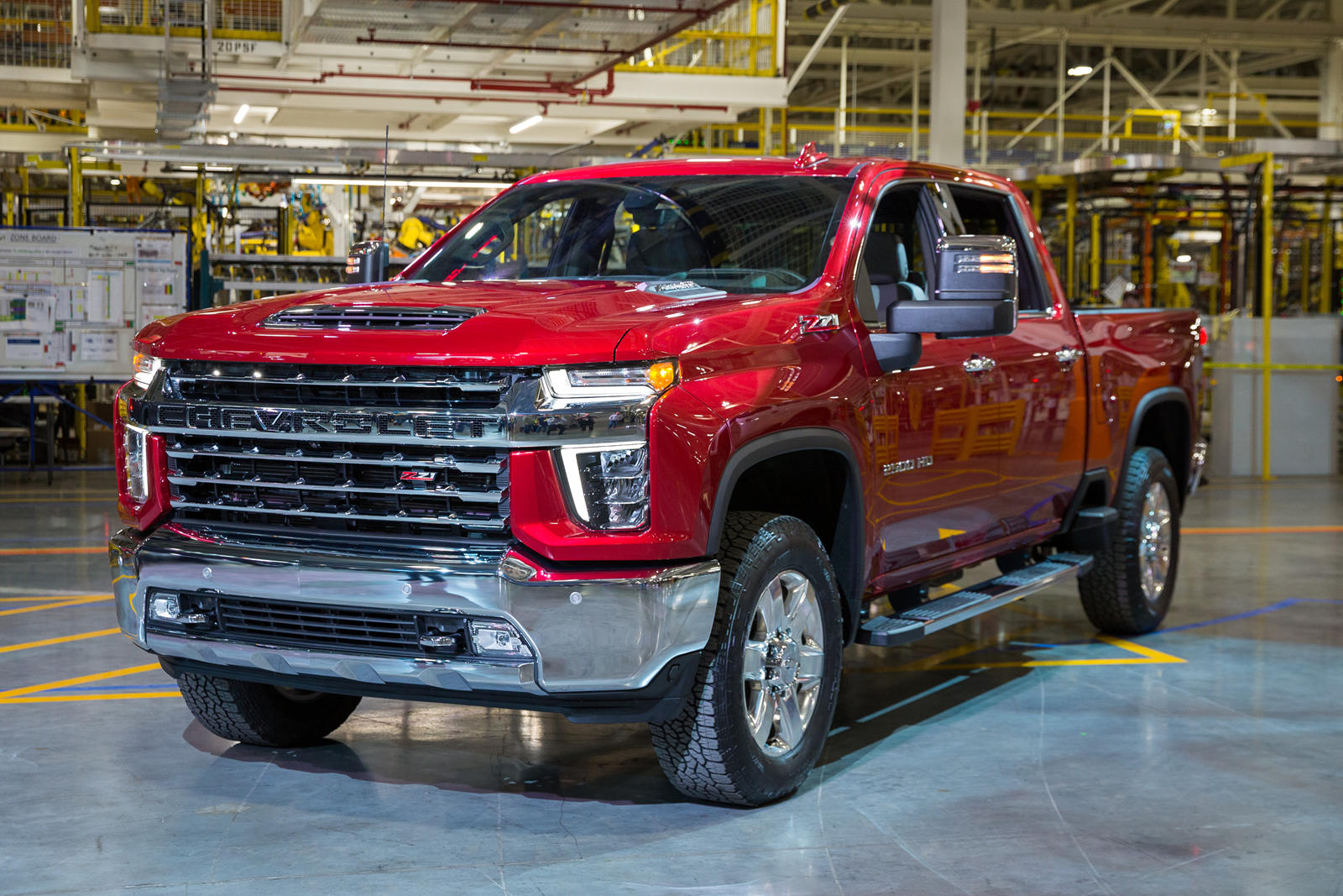 All New 2020 Chevrolet Silverado Hd Is A Tow And Torque King